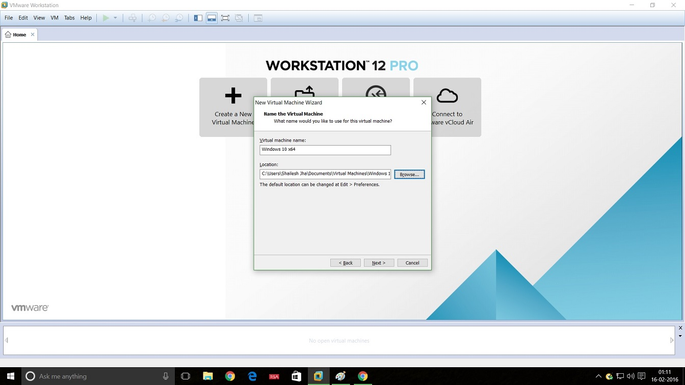 Screenshot of installation of Windows 10 in VMware Workstation 12. In the dialog box you have to enter the name of the virtual machine and the location.