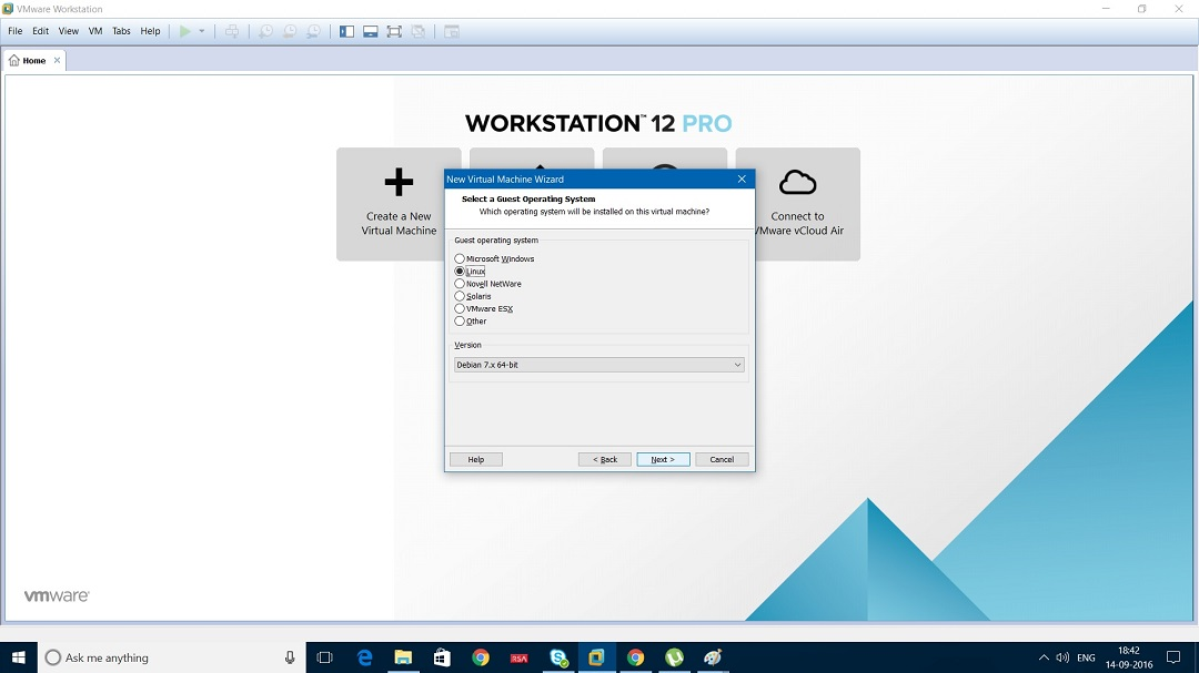 VMware Workstation 12 select guest operating system dialog box screenshot
